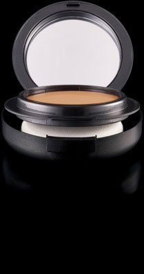 Cheapest MAC Studio Tech Foundation NC30 by MAC - Free Shipping Available
