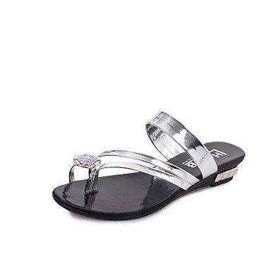 Sandalias mujer confort PU Primavera Verano vestimenta casual Confort Sparkling Glitter Negro Plata Oro talón plano plano US6 / EU36 / UK4 / CN36