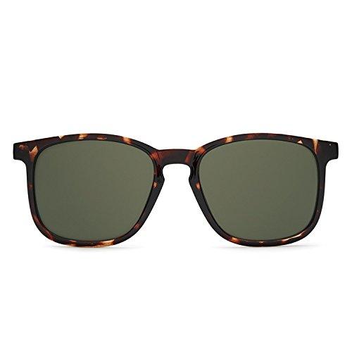 Quay Australia THE OXFORD Men's Sunglasses Sportswear Lightweight Square - Australia Sunglasses Mens