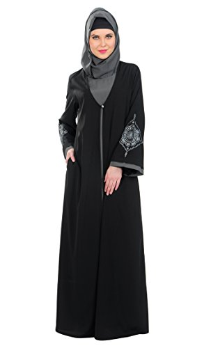 Black-Crepe-Abayas-and-Jilbabs