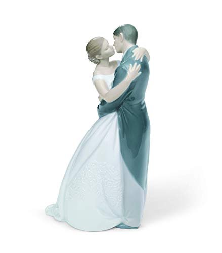 NAO Porcelain A Kiss Forever Collectible Figurine, 02001613 (Figurine Wedding Lladro)
