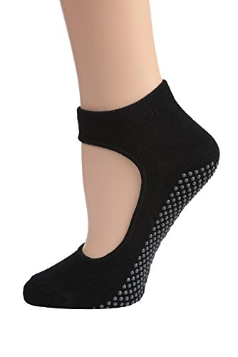 DG Sports Women's Mary Jane Bella Yoga Socks with Grips Small/Medium Non Slip Ankle Socks, Black