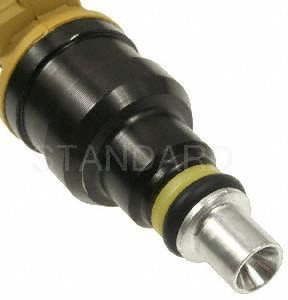 (Standard Motor Products FJ625 Fuel Injector)
