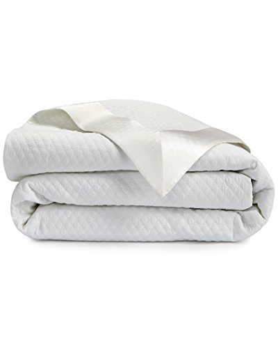Hugo Boss Ovals Coverlet Collection, Queen Coverlet