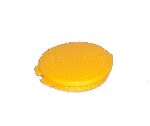 Tupperware Mini Clamshell Pill Keeper Round Pocket Container, Harvest Maize