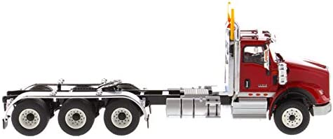 International HX620 Day Cab Tridem Tractor Red 1//50 Diecast Model by Diecast Masters 71008