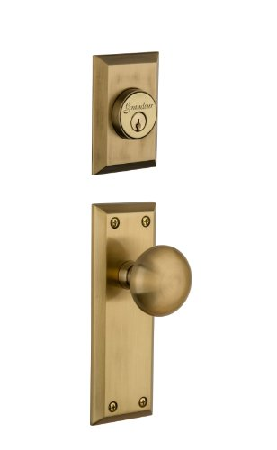Grandeur Fifth Avenue Plate with Fifth Avenue Knob and Matching Deadbolt Complete Single Cylinder Combo Pack Set, Vintage Brass