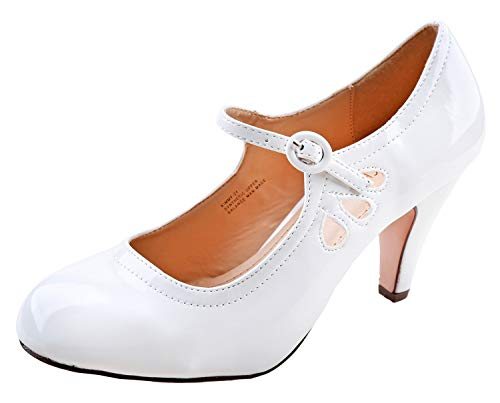 (Chase & Chloe Womens Kimmy-21 Regular Heeled Shoes White Pat 7)