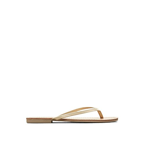Reaction Kenneth Cole Just Be Thong Sandal - Women's - Gold (Shoes Just Kenneth Cole)