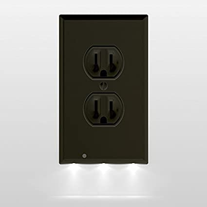 e1b01f34b3fa 1 Pack SnapPower Guidelight - Outlet Wall Plate With LED Night Lights - No  Batteries Or Wires - Installs In Seconds - (Duplex, Black)