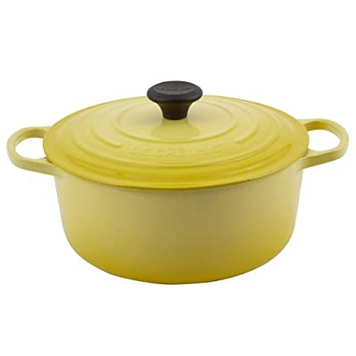 Le Creuset Signature Enameled Cast-Iron 5-1/2-Quart Round French Oven