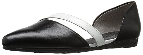Picture of LifeStride Women's Quell Pointed Toe Flat