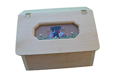 (Amish Handcrafted Solid Pine Bread Box.)