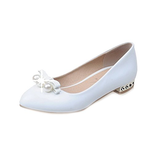 VogueZone009 Women's Pull-on Low-Heels PU Solid Pointed Closed Toe Pumps-Shoes White aPo8Nj