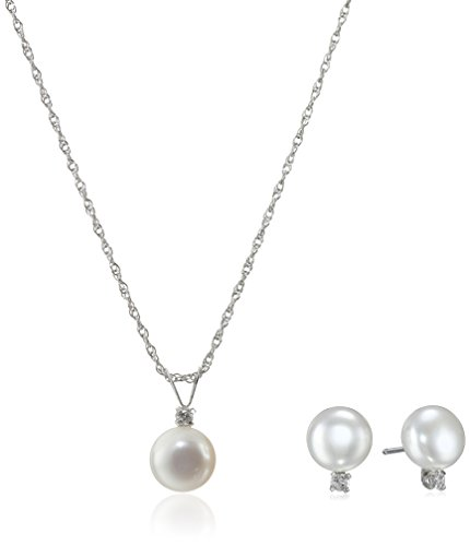 Sterling Silver White Freshwater Cultured Pearl and White Topaz Jewelry Set