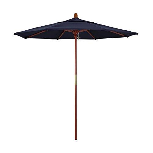 California Umbrella 7.5' Round Hardwood Frame Market