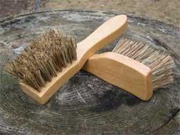 "Legends Trotter Hoof Cleaning Brush, 7.5"" Tan"