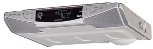 GE 75300 GE Slim Spacemaker CD player with Digital Clock and AM ...