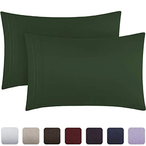 Mellanni Luxury Pillowcase Set - Brushed Microfiber 1800 Bedding - Wrinkle, Fade, Stain Resistant - Hypoallergenic (Set of 2 Standard Size, Emerald Green)