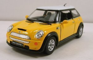 Kinsmart New Mini Cooper (Mini Cooper) S 1:28 scale 5 diecast model car pull back Yellow minicar miniature model play set automobile die-cast (parallel import)