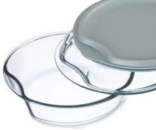 - Simax Exclusive Clear Round Glass Casserole | Includes Glass and Plastic Lid, Heat, Cold and Shock Proof, Made in Europe, 4 Quart