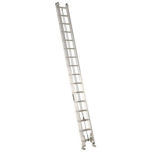 7. Louisville Ladder AE2232 Aluminum Extension Ladder 300-Pound Capacity, 32-Feet