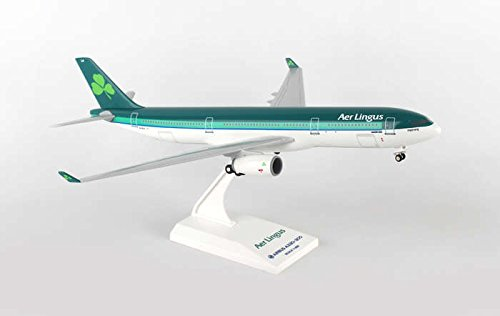 SKR837 Skymarks Aer Lingus A330-300 1:200 W:Gear New Livery Model Airplane