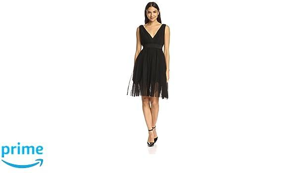 a5ef3e8edd0 Amazon.com  A.B.S. by Allen Schwartz Women s V-Neck Cocktail Dress ...