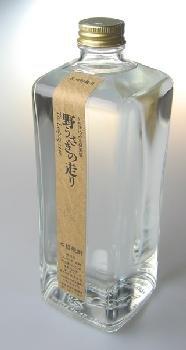 【黒木本店】かめ仕込み木桶蒸留 野うさぎの走り 37度 600ml 米焼酎の商品画像
