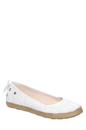 UGG Kids Women's Tassy Eyelet White Textile Flat 1 Little Ki
