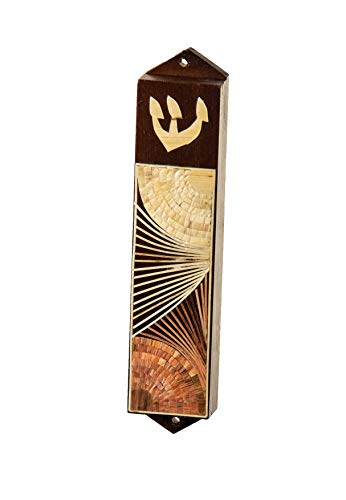 Wood Mezuzah with straws in natural colors - Wall Mezuzah - Artisanel design - Add elegance to your home or office. A perfect Jewish gift for all occasions.Scroll not included. Hangs with nails.