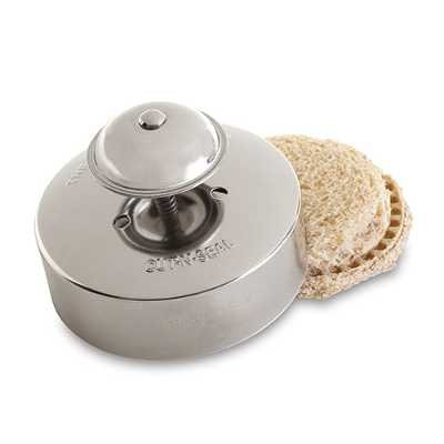 Pie Crust Maker - The Pampered Chef Cut N Seal, Medium, 3-1/2-Inch #1195
