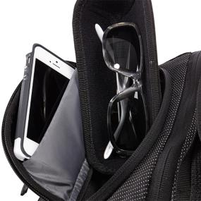 Sculpted SafeZone compartment of the Thule Crossover TCBP-417 32L 17 Inch MacBook + iPad Backpack