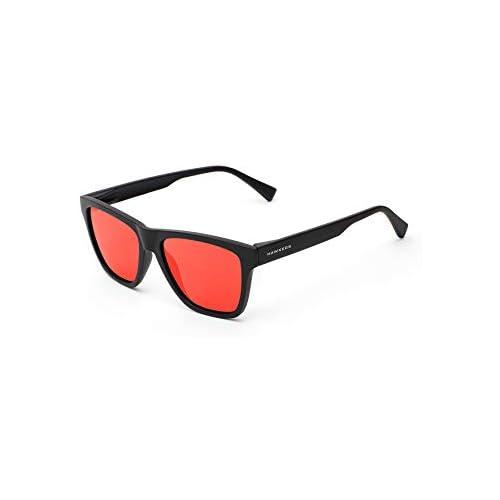 chollos oferta descuentos barato HAWKERS Gafas de Sol ONE LS Black Daylight para Hombre y Mujer con montura negra acabado mate y lentes efecto espejo amarillas Protección UV400