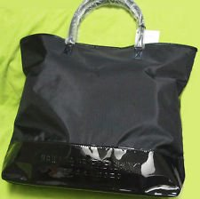 Amazon.com   Burberry Black Tote Bag for Women- Burberry Fragrances    Makeup Travel Cases And Holders   Beauty 42f3a82328