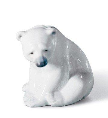 (Lladro Seated Polar Bear Figurine)