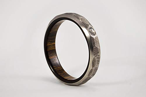 Titanium Engagement Ring with Solid Lapacho Wood/Hammered Titanium Wedding Ring/Rustic Patterned Wedding Band/Gift/Handmade Jewelry