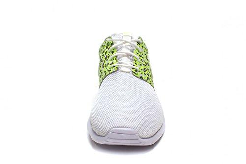 Nike Wmns Roshe One Prm, Zapatillas de Deporte para Mujer Blanco (White / White-Ghost Green)