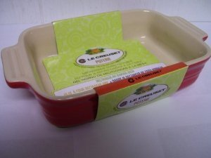Le Creuset Poterie Stoneware Solid Chili Red Rectangular Baking Dish, 10.5 (Poterie Dish)