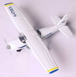 Hot Wings Cessna 172 Die Cast Airplane 4.5 Inch ()