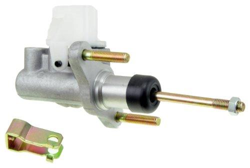 Toyota Corolla Brake Master Cylinder (Dorman CM640022 Clutch Master Cylinder)