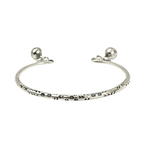 AeraVida Flowers Bells Thai Karen Hill Tribe Fine Silver Cuff Bracelet ()