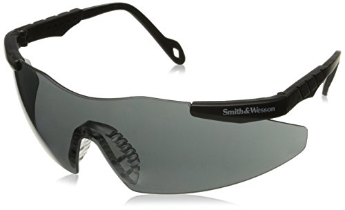 smith-wesson-19823-smith-and-wesson-safety-glasses-magnum-3g-eyewear-universal-smoke-lenses-with-bla