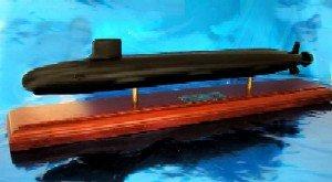 Daron Worldwide Trading Executive Models SCMCS014R Virginia Class Submarine 1/350 Scale by DARON WORLDWIDE