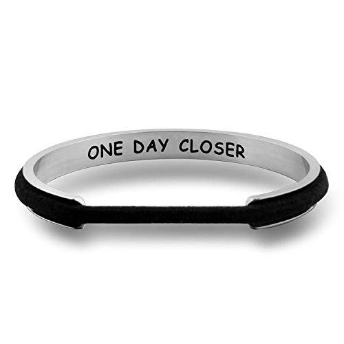WUSUANED One Day Closer Hair Tie Deep Grooved Cuff Bracelet Long Distance Relationship Gift for Wife Girlfriend (one Day Closer Silver)