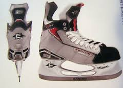 Easton Stealth S5 Jr. Ice Hockey Skates (2-D) ()