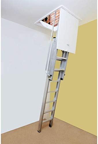 Henry 's Deluxe 2 Abschnitt Aluminium Schiebetür Loft Leiter 2,3 m-3.2 m. Komplett mit Feder gestützten Pivot Arm für einfache Bedienung. Robuste Loft Leiter geeignet für den häuslichen, gewerblichen oder industriellen Gebrauch. Hohe Festigkeit stranggepresstem Aluminium Konstruktion.