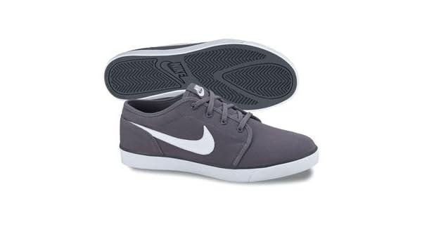 new product f4587 5835f Amazon.com   NIKE COAST CLASSIC (GS) 3.5Y   Skateboarding Shoes   Sports    Outdoors