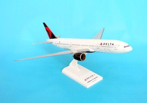 Daron SKR374G Skymarks Delta 777-200 - 2007 Livery with Gear