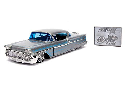 (1958 Chevy Impala Hard Top with Diecast Mosaic Tile, Silver with Blue - Jada 31082 - 1/24 Scale Diecast Model Toy Car)